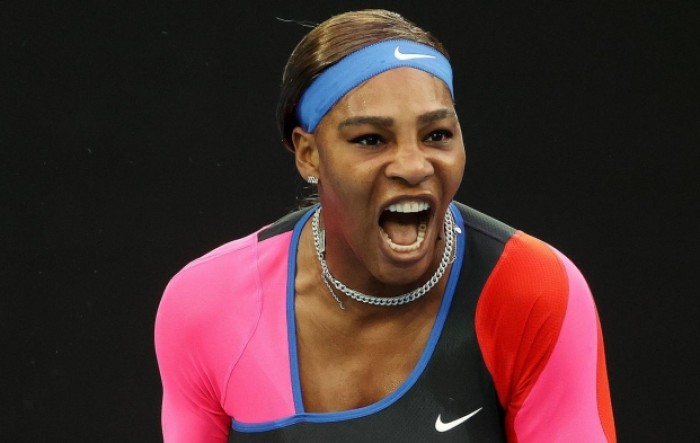 Australian Open: Serena Williams preko Halep do polufinala