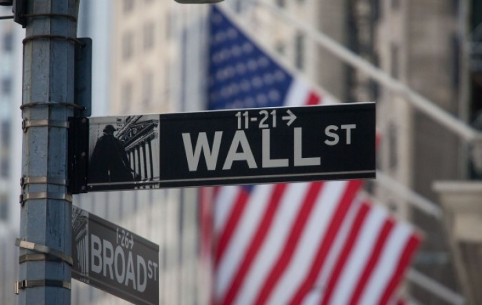 Wall Street: Dow Jones oslabio, S&P 500 ojačao